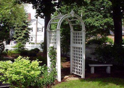 Arbor to Gardens