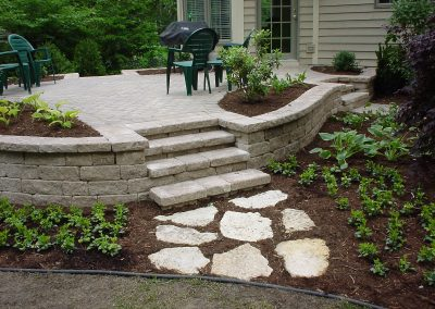 Raised Patio w/steps